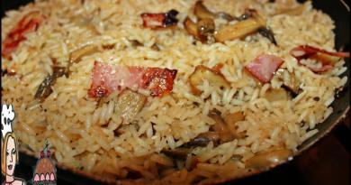 Arroz de cogumelos e bacon